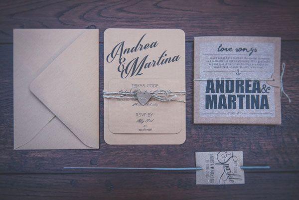 rustic wedding stationery http://weddingwonderland.it/2016/01/lavanda-margherite-per-un-matrimonio-rustico.html