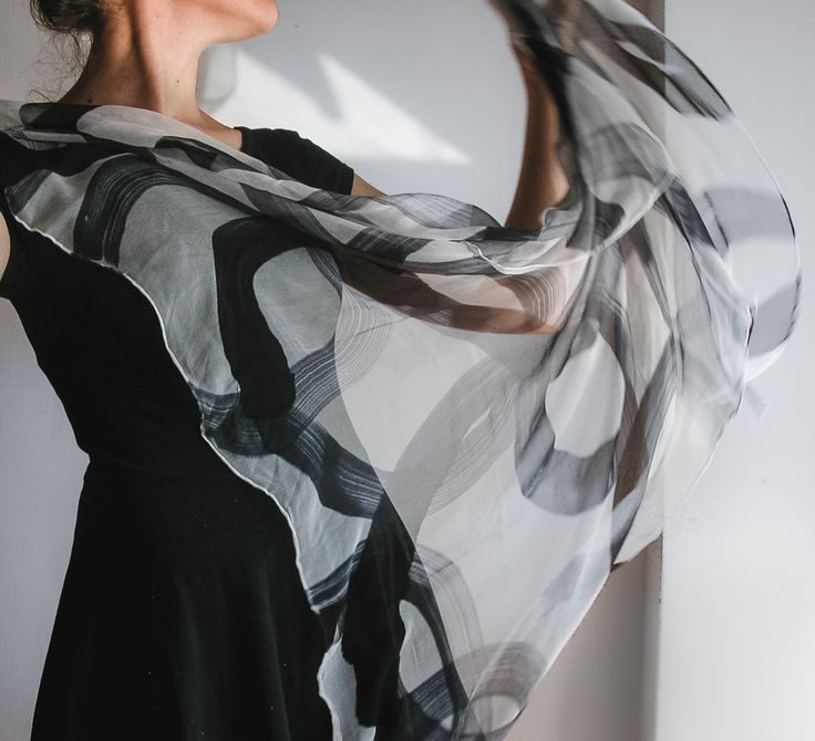 handpainted chiffon scarf | hand painted silk chiffon | hand painted shawl | handmade fashion | minimalist fashion | hand painted silk shawl | handmade accessories | black and white | white pictures | silk and chiffon