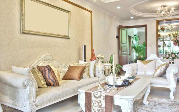 Impressive Classy Living Room With Classic Furniture http://maisonmatiere.com/impressive-classy-living-room-with-classic-furniture/ … #MaisonMatiere #Home #Design #Decor