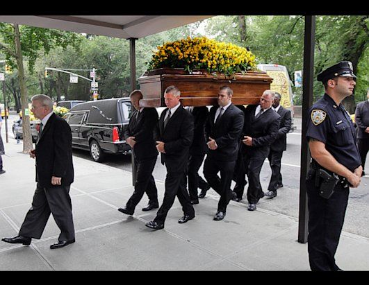 98 best Celebrity Funerals images on Pinterest | Funeral ...