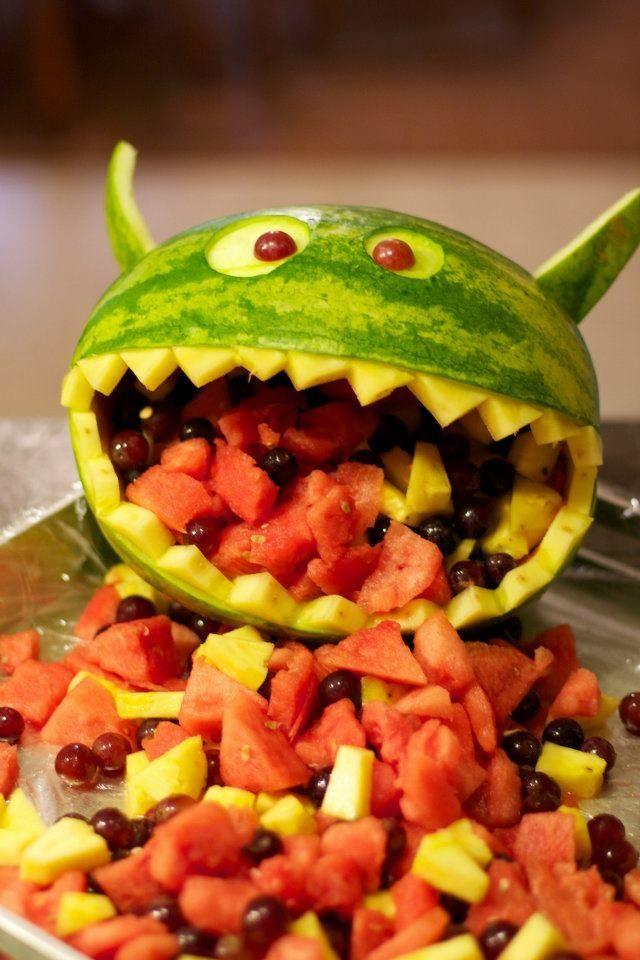 halloween essen ideen wassermelone monster kotzend