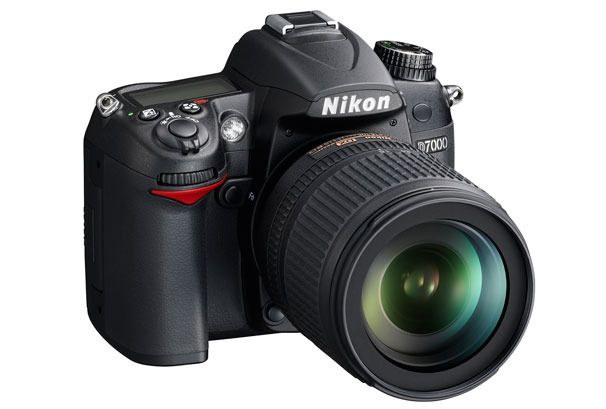 Nikon D 7000 the best mid range DSLR today