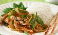 Easy chicken stir fry with fresh ginger