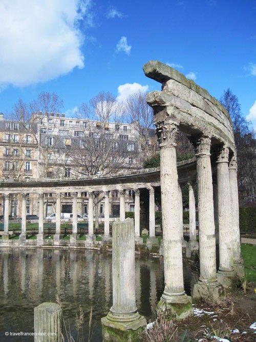 Parc Monceau - (Summer: 7am-10pm, Winter: 7am-8pm)