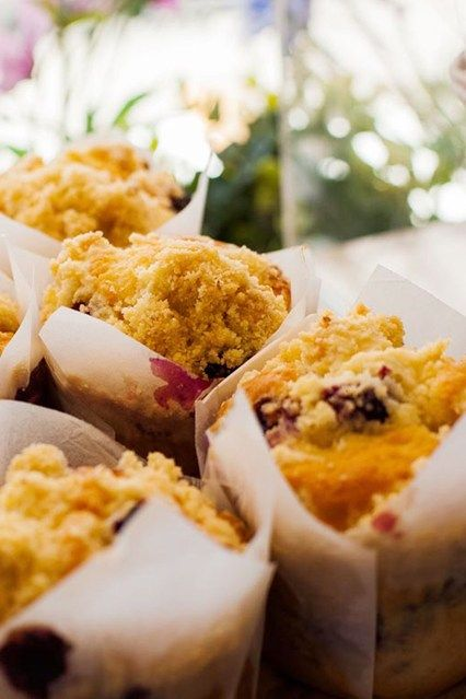 Miss Vogue Recipes: Blueberry Crumble Muffins