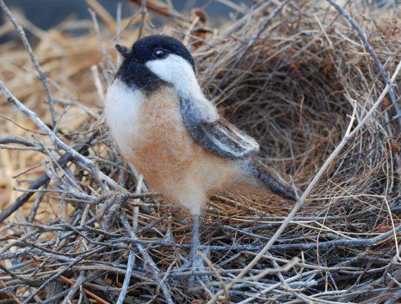 Naald vilten vogel-Chickadee sculptuur, wilde vogels, achtertuin vogels, Songbird, Collectible, natuur Decor