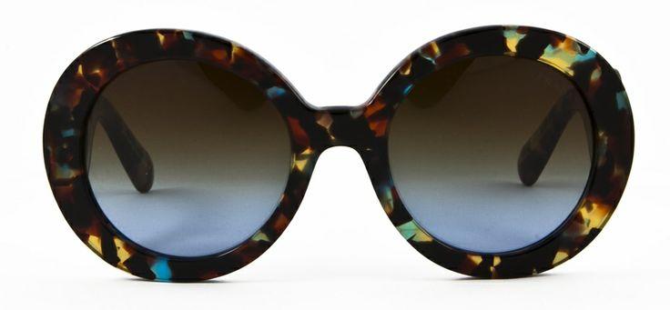 #loveyewear #prada http://www.loveyewear.se/solglasogon/prada-pr-27ns-nag0a4-brun-gron-spracklig/