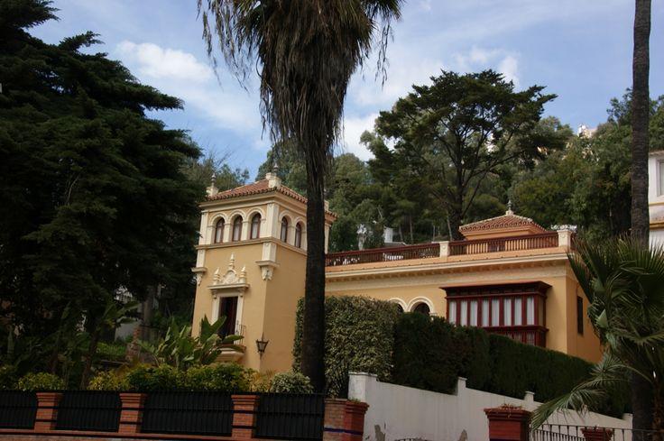 Dise ados por el arquitecto de callle larios eduardo - Arquitectos en malaga ...