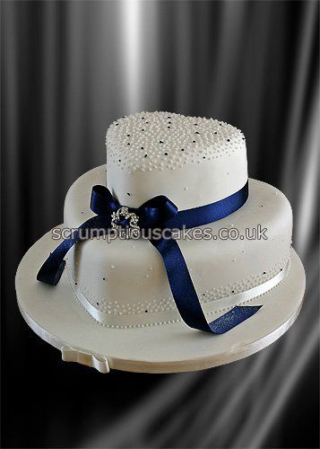 https://flic.kr/p/aaQo8B | Wedding Cake (762) - Navy Ribbon & Brooch | Copyright © Scrumptious Cakes 2000-2011. All Rights Reserved.