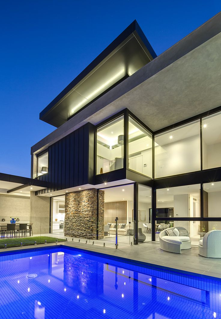 Outdoor Styling By The Real Estate Stylist - House Built by Iurada Property Group
