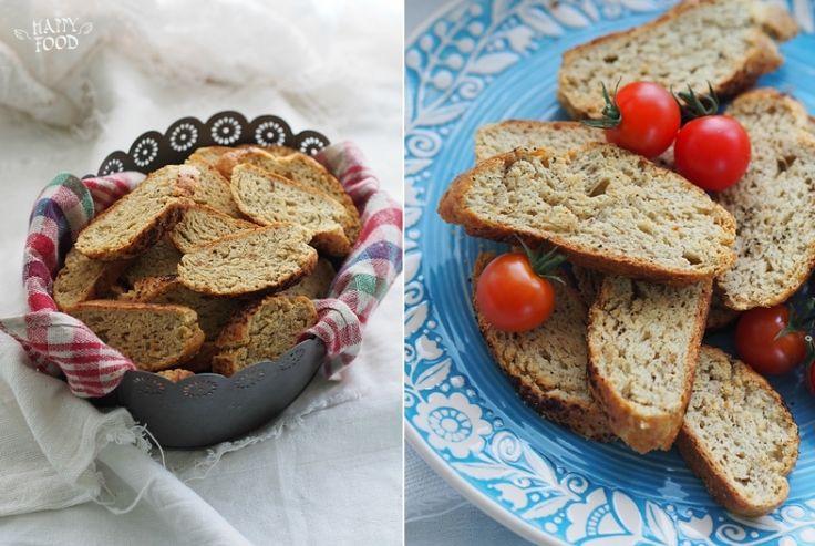 Закусочное печенье бискотти с пармезаном, пряностями и перцем - HAPPYFOOD