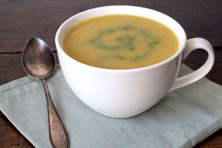 Geroosterde pompoen-pastinaak soep