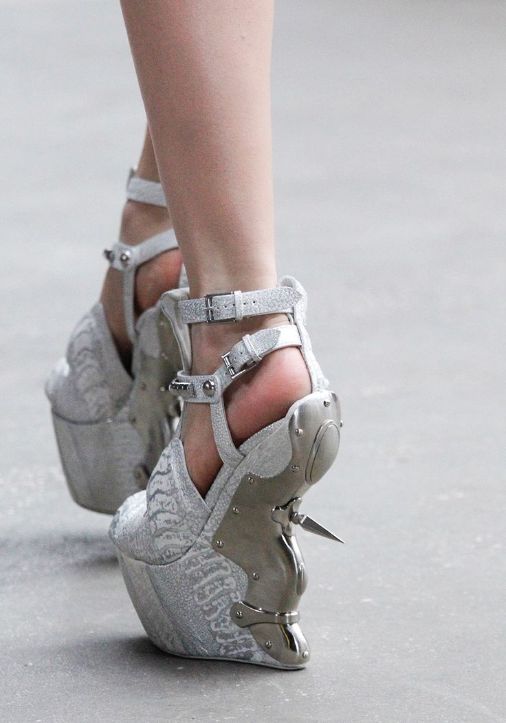 McQueen Fall/Winter 2011 - the spike makes these wicked dangerous