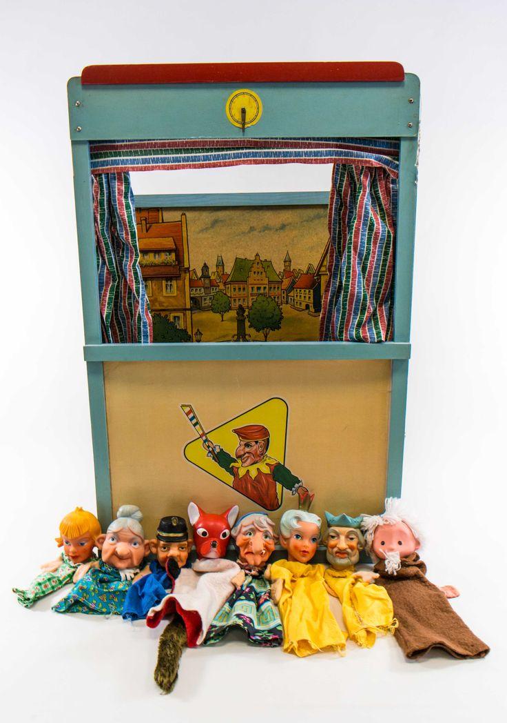 """DDR Museum - Museum: Objektdatenbank - """"Puppentheater"""" Copyright: DDR Museum, Berlin. Eine kommerzielle Nutzung des Bildes ist nicht erlaubt, but feel free to repin it!"""