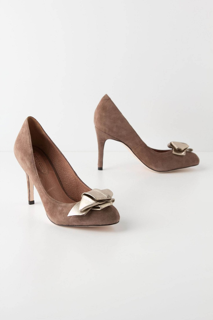 metallic bow pumps: Anthropology With, Bows Ties, Bows Heels, Metals Contrast, Metals Bows, Fall Fashion, Anthropologie Com, High Heels, Bows Pumps Anthropology