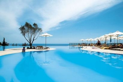 Oceania Club & Spa, Nea Moudania, Halkidiki.  Monday flight.
