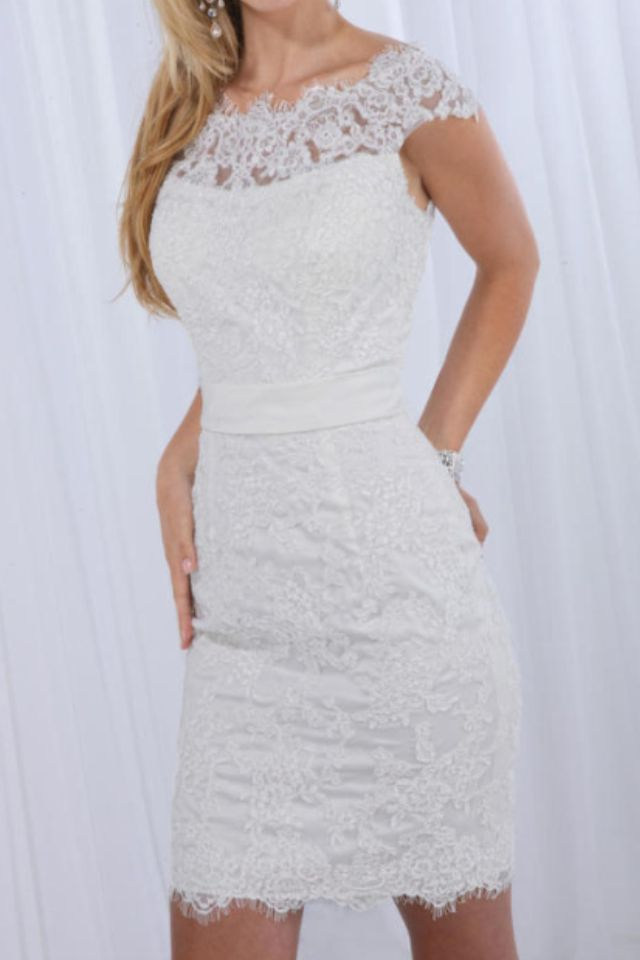 Just ordered this Gorgeous Short Lace Wedding Dress for my Wedding!!