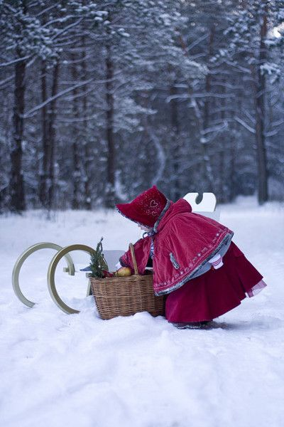 going to grandma's house: Girl, Little Red, Red Riding Hood, Snow, Winter Wonderland, Christmas, Photo
