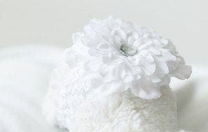 headband-white-flower-headband