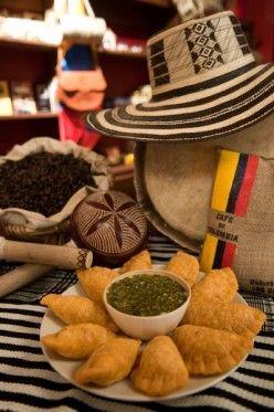 Colombian Empanadas, uy como tengo mucho hambre ahora... Oh, Colombia how you stole my heart <3