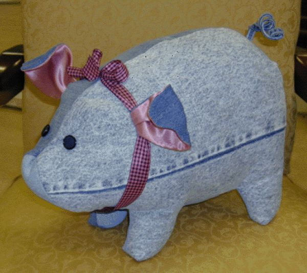 "This is quite a large stuffed pig, about 20"" long.  Made from old blue jeans."