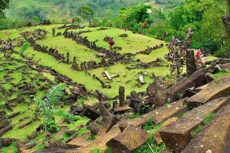 Wisata Gunung Padang Cianjur Jawa Barat