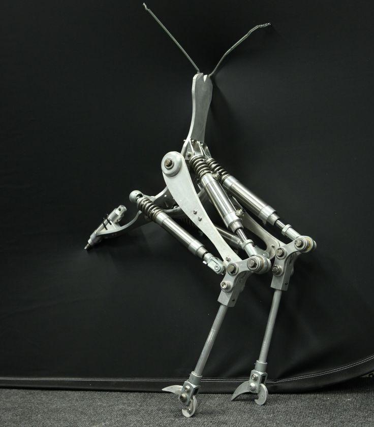 Pneumatic walking machine
