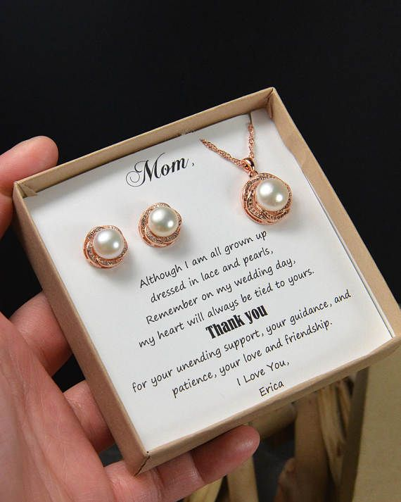 Mother of the Bride gifts,mother of the groom gifts,wedding gifts from bride groom,fresh water pearl earrings,mothers gifts wedding jewelry  Please see drop down option for all price :   2 pairs of earrings $35.99 2 necklaces $39.99 2 pairs of earrings and 2 necklaces $69.99 Each items comes with gift box and message card as show . if you would like custom message cards . please write me a note on seller box at check out for the card detail . I can custom the card with any saying…
