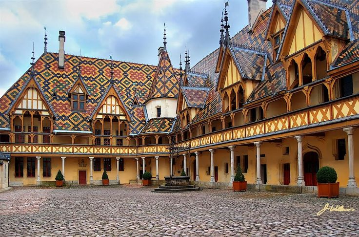 Panoramio - Photo of HDR of L'Hospice de Beaune, Burgundy ...