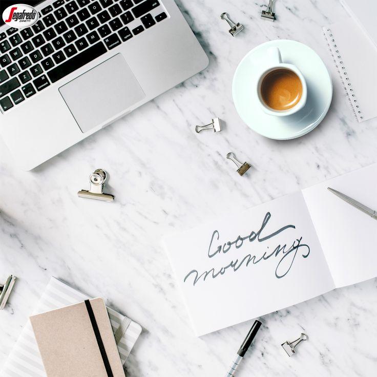 Mała rzecz - a cieszy! Podaruj poranną kawę koledze z pracy czy bliskiej osobie i spraw, by jej dzień był choć odrobinę bardziej radosny :) #segafredo #segafredozanetti #segafredozanettipoland #goodmorning #porannakawa #goodday #kawa #coffee #coffeetime #poniedziałkowakawa #coffeelovers