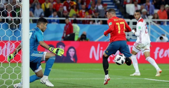 Spain Scores The Last Minute Equalizer After Var Overturns Offside World Cup Sport Event Fifa World Cup