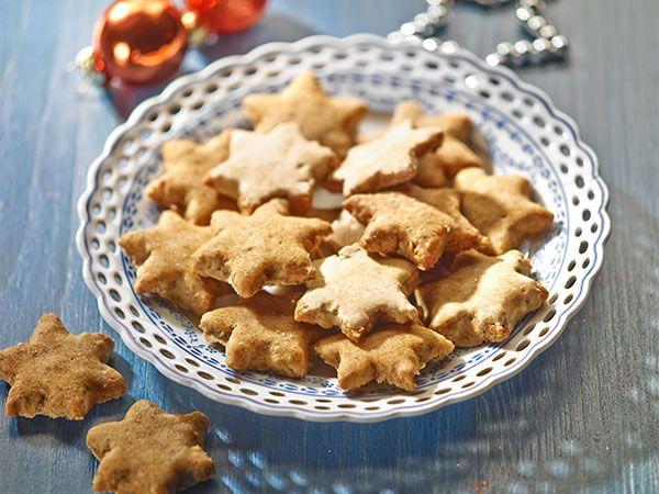 Weihnachtsplätzchen ohne Zucker und Weißmehl | eatsmarter.de