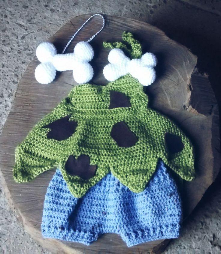 Conjunto composto por shorts e blusinha confeccionados em crochê <br>Detalhes - ossinho de crochê na blusa e tiara <br>Cor - verde/azul <br>Tamanhos RN/ 1 a 3/ 3a6/ 6 a 9/ 9 a 12 meses