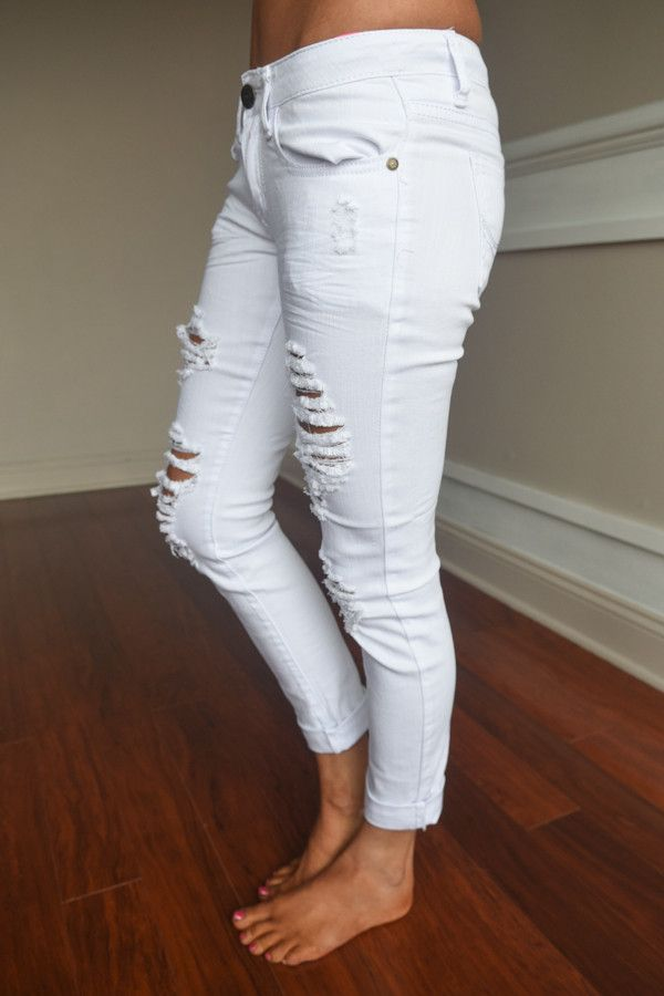 Gorgeous distressing and white color! Mid/lower Rise, skinny, very comfy! Inseam 32''. 97% Cotton, 3% Spandex. **Sizing: Jeans are running a bit snug, for more room order up a size. Model is 5'5'' wea