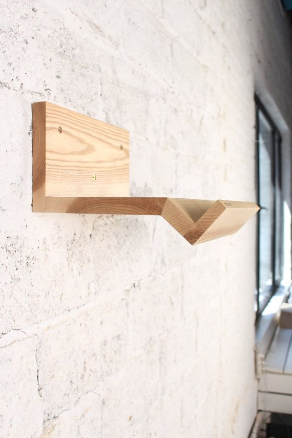 Wooden rack for a bicycle/ bicycle shelf/ Minimalist por VeloPolka