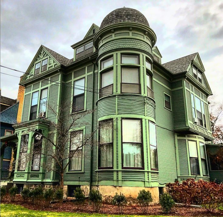 Get Inspired By The Many Styles Of Victorian Homes Victorian Homes Beautiful Buildings Unusual Homes