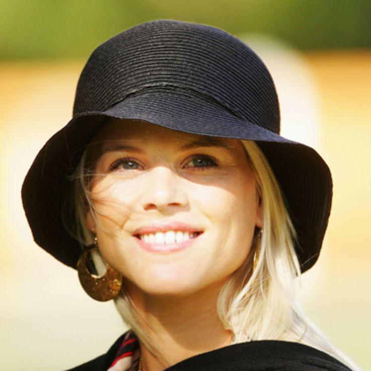 Elin Nordegren - Biography - Model | Elin nordegren, Fancy ...