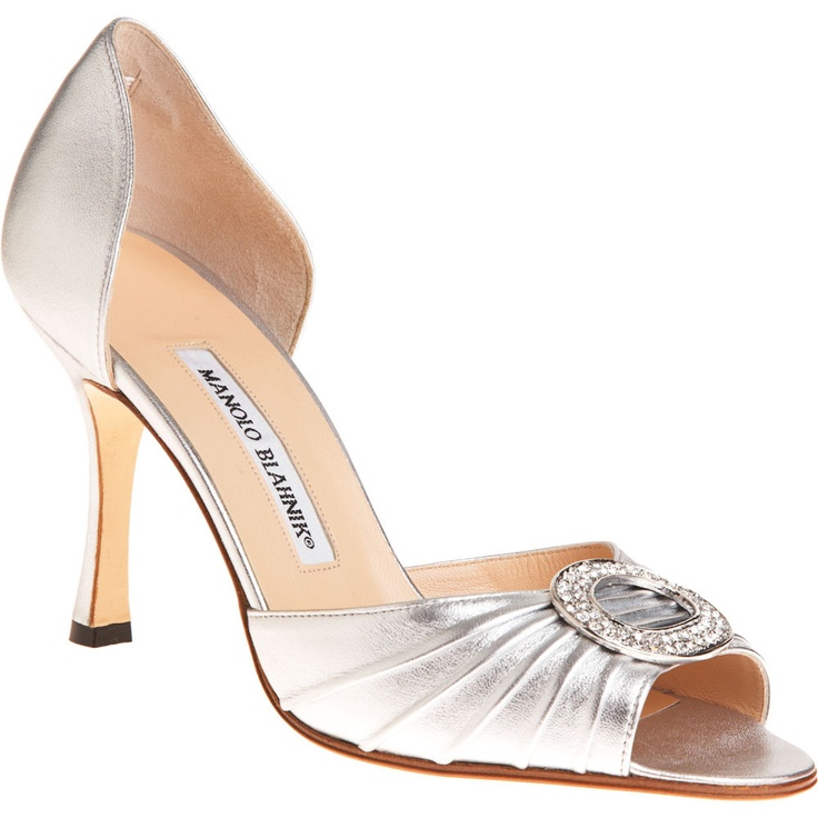 Carrie Bradshaw A Woman S Right To Shoes