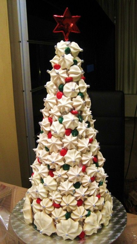 Christmas Meringue Tower. An amazing center piece at any festive table.