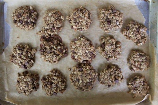 Oatmeal Chocolate Chip Cookies | Meghan Telpner Nutritionista