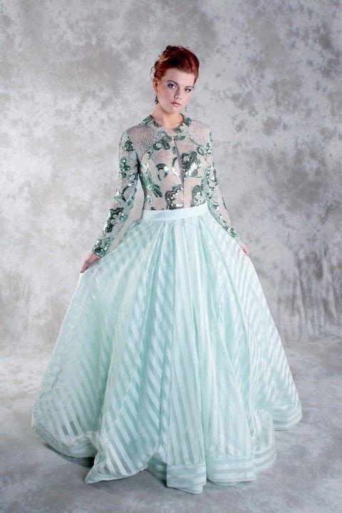 Spoločenské šaty Svadobný salón Valery, šaty na ples, šaty s dlhým rukávom, luxusné šaty, zelené šaty, šaty s veľkou sukňou