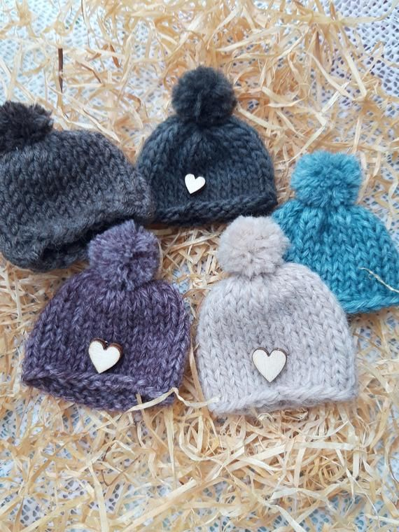 SMALL HATS 4 AUTUMN COLOUR   HAND KNITTED EGG COSY//COSIES.