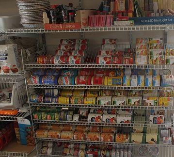 Preppers Food Storage List : Top ten foods to stockpile now! #Prepper