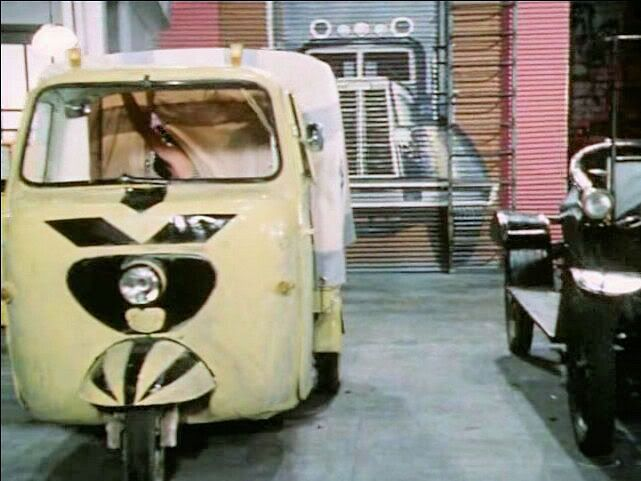 Lambretta Li 175 Series 2 in 'Peppi Dlinnyychulok' TV Movie - 1982