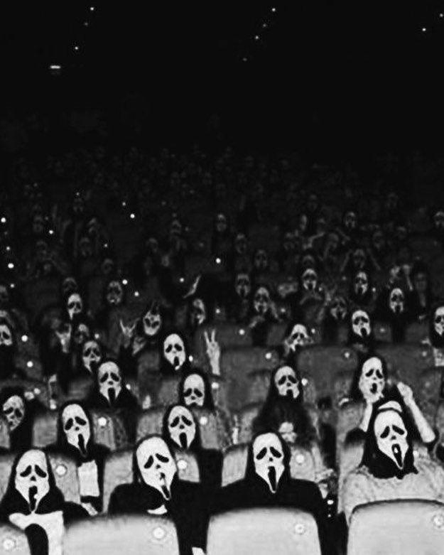 Love This Scream Ghostface Screammovie Scream2 Wescraven Slasher Slashermovies Horror Horror Scary Wallpaper Horror Movie Art Scream Movie