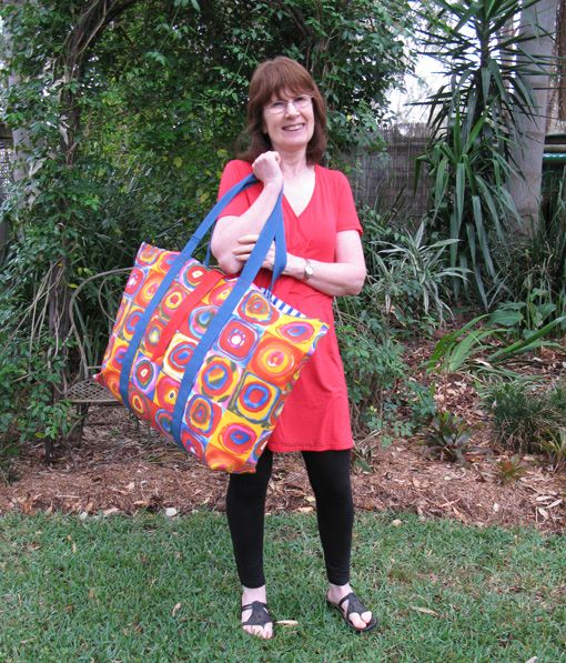 No Frills Extra Large Tote Bag TUTORIAL ~ Threading My Way- perfect for  too many things!!!!