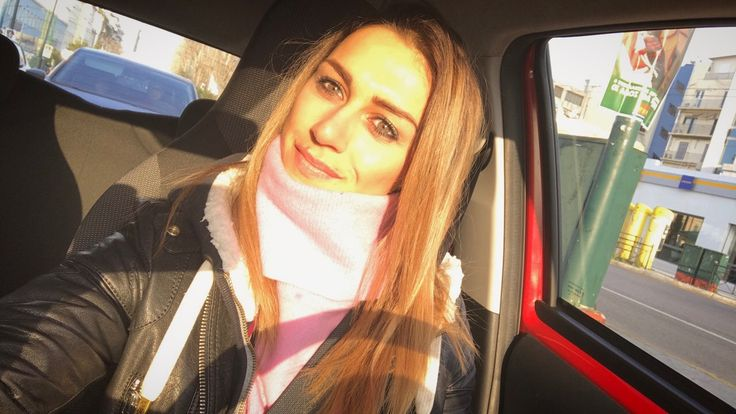 """Let the sun touch you...is one of the most real and hot """"taps""""...❤️Mornings!!!☺☀️ #cate #morning #ontheroad #fitgirl #fitnesslifestyle #healthyliving #fitnessdiary #catecrossfitxanthi #fitwomen #crossfitgirl #smile #live #love #laugh #liveyourlife #lifestyle #fashionstyle #stylish #womenwithmuscle #loveyourself #lovemyjob #athlete #coach #personaltrainer #fitnessmodel #katerinavarela"""