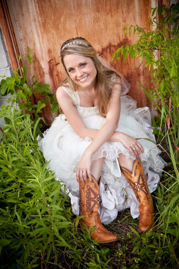 country bridal portraits - Google Search