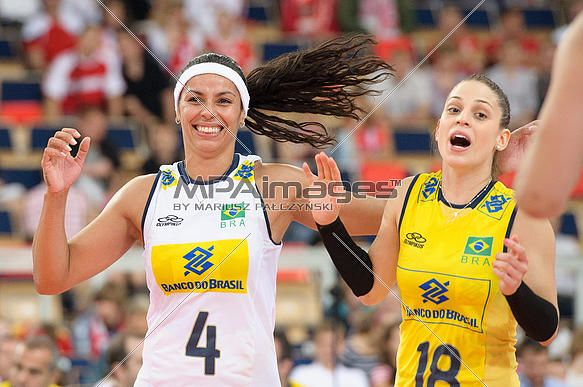 Paula Pequeno and Camila Brait of Brazil Volleyball Team   © Mariusz Pałczyński / MPAimages.com