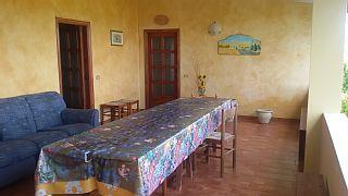 Ferienwohnung - 6   Räume - 5/6   Personentypisches Landhaus   Ferienhaus in Nuoro von @homeaway! #vacation #rental #travel #homeaway